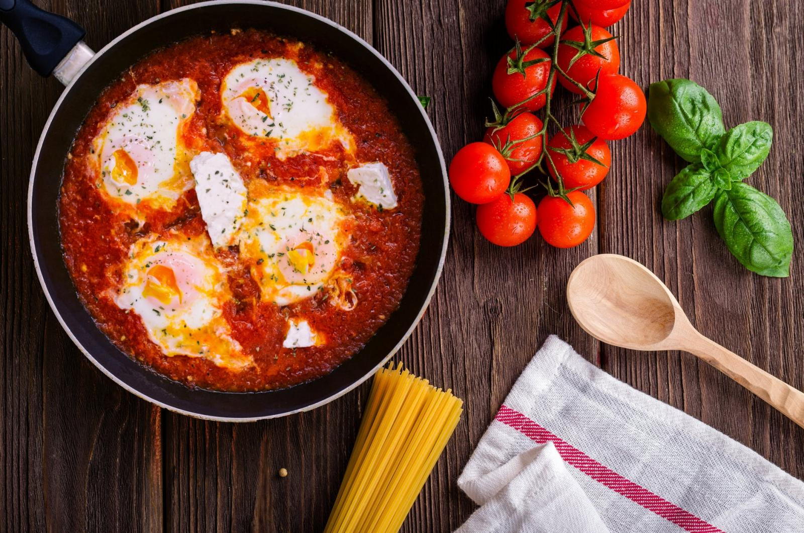 Pan-fried Tofu with Egg and Chive